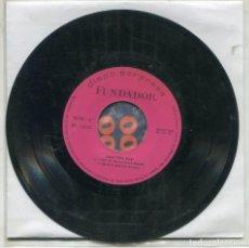 Discos de vinilo: MARCAS COMERCIALES - FUNDADOR 10.218 ¡AQUI ESTA ELLA! (ELLA FITGERALD). Lote 287571013
