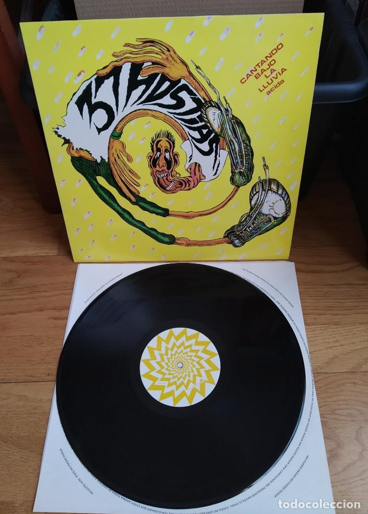 VINILO 37 HOSTIAS – CANTANDO BAJO LA LLUVIA ACIDA. ED 1993. (Música - Discos - LP Vinilo - Punk - Hard Core)