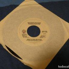 Discos de vinilo: BOXX129 SINGLE 7 PULGADAS USA ACEPTABLE THE DOOBIE BROTHERS DONT STOP TO WATCH THE WHEELS. Lote 287814868
