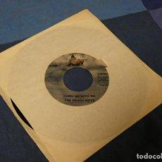 Discos de vinilo: BOXX129 SINGLE 7 PULGADAS USA BEACH BOYS COME GO WITH ME DONT GO NEAR THE WATER. Lote 287815123