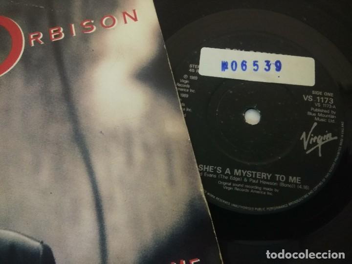 Discos de vinilo: SINGLE/ROY ORBISON/SHES A MYSTERY TO ME. - Foto 2 - 287851958