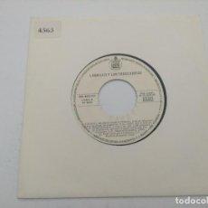 Discos de vinilo: SINGLE/LOQUILLO Y LOS TROGLODITAS/TODO EL MUNDO AMA A ISABEL/PROMOCIONAL.. Lote 287924113