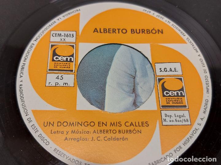 Discos de vinilo: ALBERTO BURBÓN / LA NIÑA DE MI BARRIO / UN DOMINGO EN MIS CALLES / SINGLE-CEM-1968 / MBC. ***/*** - Foto 4 - 287931673