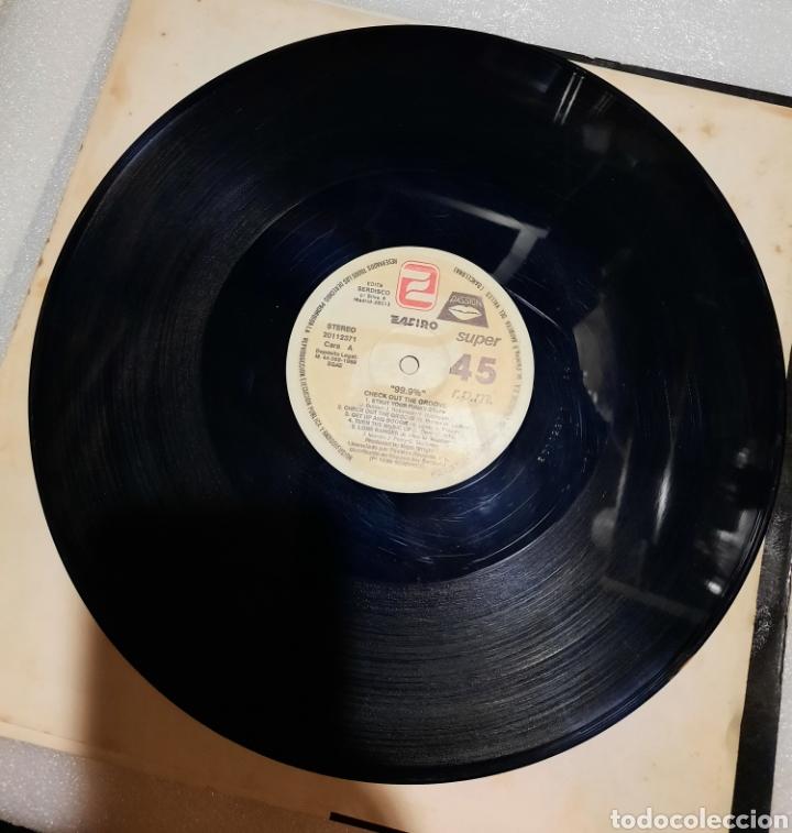 Discos de vinilo: Check out The groove - Foto 3 - 288057098