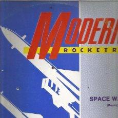 Discos de vinilo: MODERN ROCKETRY SPACE WALKIN. Lote 288158153