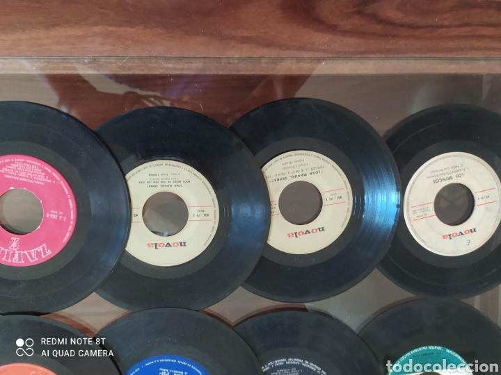 Discos de vinilo: 30 Singles 45 R.P.M.variados años 50/60 con fundas y otros 16 sin. Todos sin probar - Foto 4 - 288161338