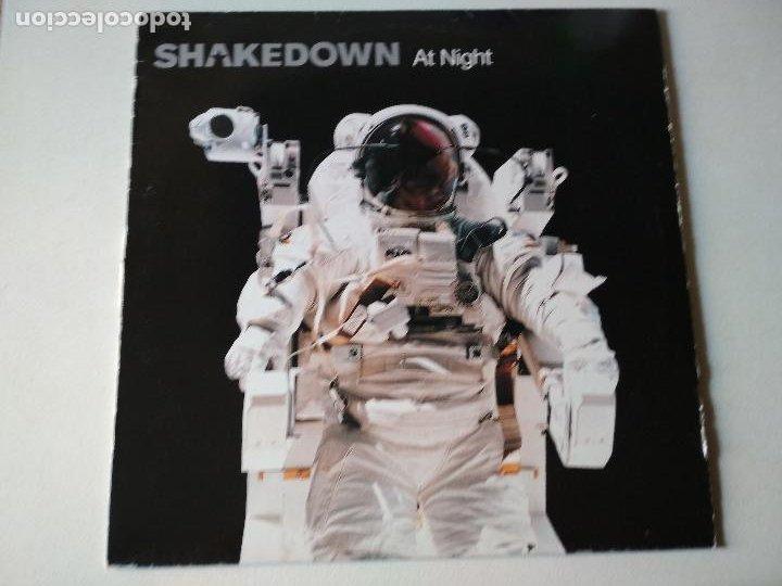 Discos de vinilo: Shakedown – At Night, 2002 - Foto 2 - 288460663
