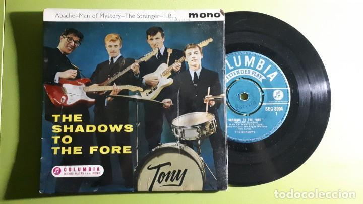 THE SHADOWS - APACHE +3 - 1960-1961 - COMPRA MÍNIMA 3 EUROS (Música - Discos de Vinilo - EPs - Pop - Rock Internacional de los 50 y 60)