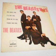 Discos de vinilo: SINGLE THE BEATLES. THE BEATLES HITS. SHE LOVES YOU. I'LL GET YOU + 2 ODEON 1963 SPAIN (BUEN ESTADO). Lote 288539603