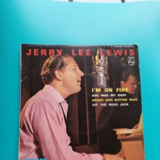 Disques de vinyle: JERRY LEE LEWIS - I'M ON FIRE-SHE WAS MY BABY-BREAD AND BUTTER MAN-HIT THE ROAD JACK. Lote 288604628
