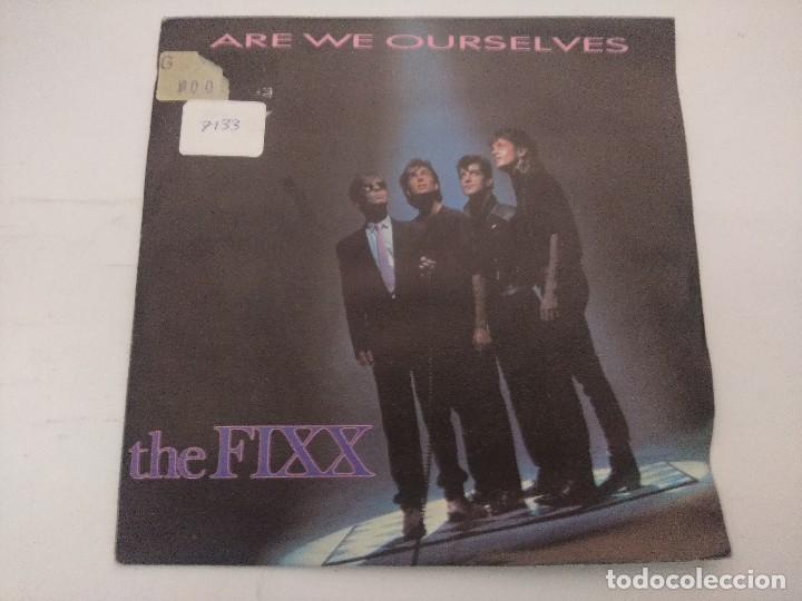 THE FIXX/ARE WE OURSELVES/SINGLE PROMOCIONAL. (Música - Discos de Vinilo - Singles - Pop - Rock Internacional de los 80)
