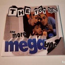 Discos de vinilo: 0921- TOY DOLLS - ONE MORE MEGABYTE-LP, ALBUM, LTD, RE, BLU- VINILO NUEVO PRECINTADO. Lote 288871673