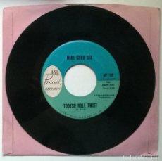 Discos de vinilo: MIKE GOLD SIX. BRAND X/ TOOTSIE ROLL TWIST. MR. PEACOCK, USA 1962 SINGLE. Lote 289024903
