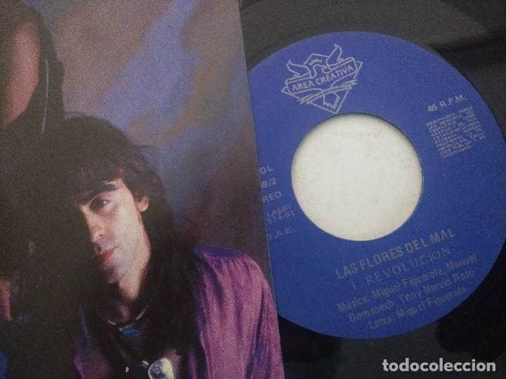 Discos de vinilo: LAS FLORES DEL MAL/REVOLUCION/SINGLE. - Foto 2 - 289334643
