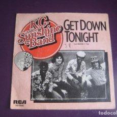 Discos de vinilo: KC & THE SUNSHINE BAND – GET DOWN TONIGHT - SG RCA 1975 - DISCO 70'S - CON USO, NADA GRAVE. Lote 289490433