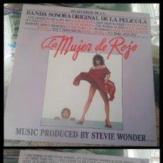 Discos de vinilo: D. LPS. LA MUJER DE ROJO. BANDA SONORA ORIGINAL DE LA PELICULA, STEVIE WONDER.. Lote 290081693