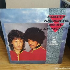 Discos de vinilo: VINILO GARY MOORE AND PHIL LYNOTT – OUT IN THE FIELDS.. Lote 290479803