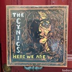 Discos de vinilo: THE CYNICS –HERE WE ARE. LP VINILO PRECINTADO. GARAGE ROCK.. Lote 290634108
