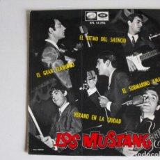 Discos de vinilo: LOS MUSTANG. SUBMARINO AMARILLO Y.... AÑOS 60.. Lote 292354183