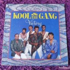 "Discos de vinilo: KOOL & THE GANG – VICTORY ,VINILO ,7"" SINGLE 1986 SPAIN 888 074-7. Lote 293760988"