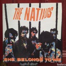 Discos de vinilo: THE NATIVOS–SHE BELONGS TO ME. LP VINILO PRIMERA EDICIÓN. PERFECTO ESTADO.. Lote 293876288