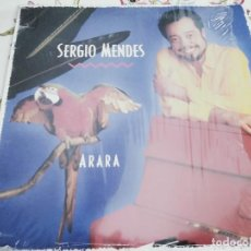 Discos de vinilo: SERGIO MENDES – ARARA. 1989. SELLO: A&M RECORDS – 395 250-1 FORMATO: VINYL, LP. NUEVO. MINT / MINT. Lote 293884463
