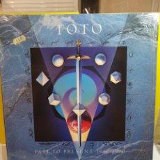 Discos de vinilo: TOTO PAST TO PRESENT 1977-1990. Lote 293891203