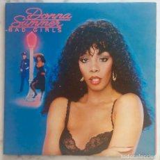 Discos de vinilo: DONNA SUMMER. BAD GIRLS. LP DOBLE ESPAÑA CON FUNDAS INTERIORES LETRAS. Lote 294042488