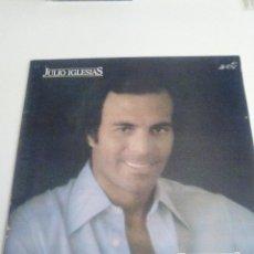 Discos de vinilo: JULIO IGLESIAS EMOCIONES ( 1978 CBS ESPAÑA 1982 ) MUY BUEN ESTADO. Lote 294148283