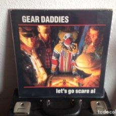 Discos de vinilo: GEAR DADDIES - LET'S GO SCARE AL / ALBUM VINYL (COUNTRY ROCK) 1988 POLIDOR USA / NM-NM. Lote 295298928