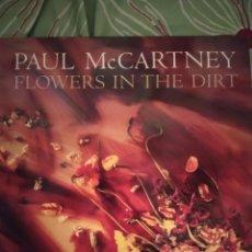 Discos de vinilo: PAUL MCCARTNEY. FLOWERS IN THE DIRT. LP.. Lote 295547908
