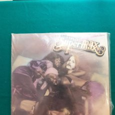 Discos de vinilo: LP VINILO SUPERMAX FLY WITH ME EDICION ESPAÑOLA CONDICION EXCELENTE. Lote 295609828