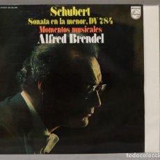 "Discos de vinilo: LP. SCHUBERT. ALFRED BRENDEL. SONATA IN A MINOR, D.784. ""MOMENTS MUSICAUX"". Lote 295733393"