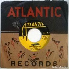 Discos de vinilo: RAY CHARLES. MESS AROUND/ FUNNY. ATLANTIC, USA 1953 SINGLE. Lote 295872473
