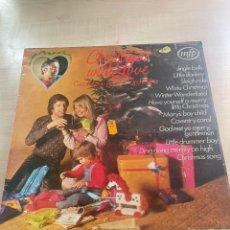Discos de vinilo: CHRISTMAS WITH LOVE. Lote 295885983