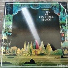 Discos de vinilo: FRANCO BATTIATO - L' ERA DEL GINGHIALE BIANCO ****** RARO LP ESPAÑOL 1986 IMPECABLE. Lote 296633953