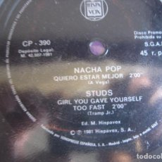 Discos de vinilo: NACHA POP / STUDS – QUIERO ESTAR MEJOR / GIRL YOU GAVE YOURSELF TOO FAST - FLEXI SG HISPAVOX 1981 -. Lote 296696358
