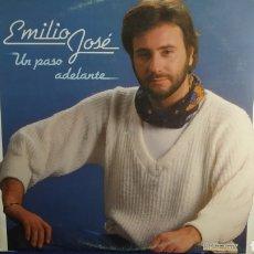 Discos de vinilo: LP EMILIO JOSÉ. UN PASO ADELANTE. HISPAVOX 1983. Lote 297015598