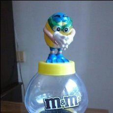 Dispensador Pez: DISPENSADOR DE LA MARCA M&M'S GRANDE,30 CM DE ALTO. Lote 96505687