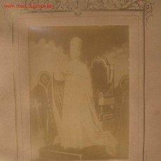 Documentos antiguos: SÚPLICA DE BENDICIÓN PAPAL,EN 1902,EL PAPA ESTÁ EN SU TRONO. Lote 26559235
