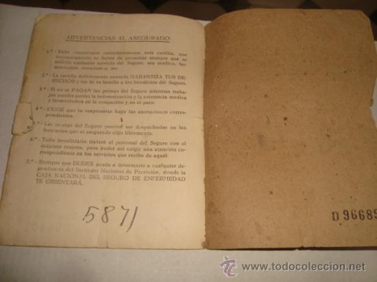 Documentos antiguos: año 52 caja nacional seguro de enfermedad , cartilla de identidad, ministerio de trabajo , - Foto 2 - 122818255