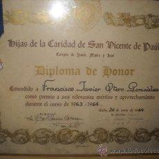 Documentos antiguos: DIPLOMA DE HONOR Y MEDALLA DE 1964 DE HIJAS DE LA CARIDAD DE SAN VICENTE. Lote 35543295