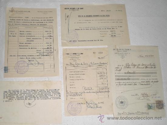 LOTE DE 5 ANTIGUOS DOCUMENTOS DE NOTARIOS Y ABOGADOS. 1939 Y 1955. (Coleccionismo - Documentos - Otros documentos)