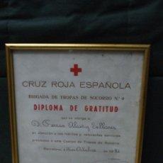 Documentos antiguos: PRECIOSO DIPLOMA ENMARCADO DE CRUZ ROJA ESPAÑOLA, DIPLOMA DE GRATITUD A LAS TROPAS DE SOCORRO,. Lote 38539871