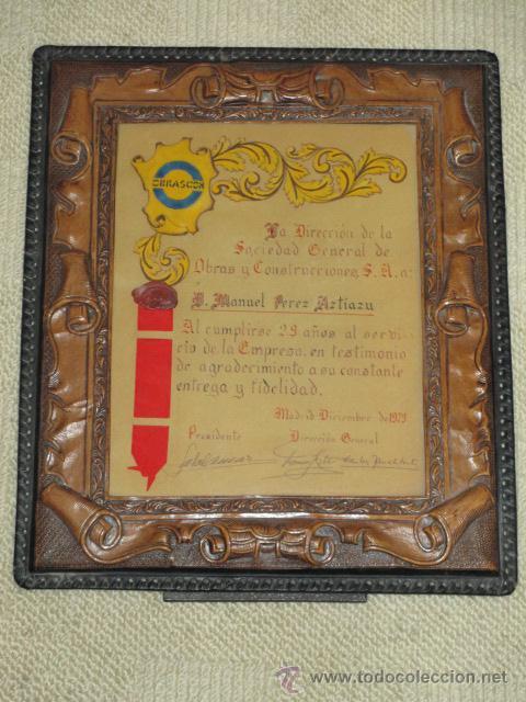 marco de cuero repujado, con diploma manuscrito - Comprar en ...