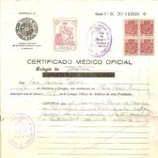 Documentos antiguos: CERTIFICADO MÉDICO OFICIAL EXPEDIDO EN MURCIA EN ENERO DE 1939 - SELLOS FISCALES Y ESPECIAL MOVIL. Lote 48355798