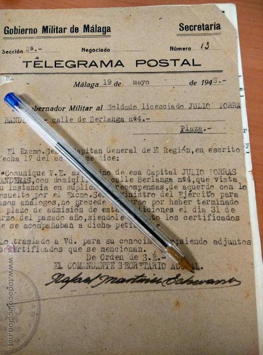 ANTIGUO DOCUMENTO TELEGRAMA POSTAL DEL GOBIERNO MILITAR DE MALAGA, 1943, SOLDADO LICENCIADO (Coleccionismo - Documentos - Otros documentos)