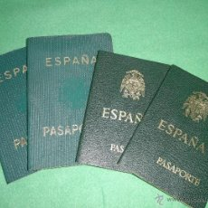 Documentos antiguos: RARO LOTE PASAPORTE ESPAÑA NIÑO COMPLETO AÑO 1968 1972 1979 MISMA PERSONA TRANSICION FRANCO. Lote 51252239