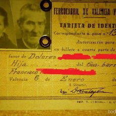 Documentos antiguos: FERROCARRIL DE VALENCIA Y ARAGÓN. CARNÉ. TREN NO RENFE. AÑO 1937 GUERRA CIVIL SELLO C.N.T.. Lote 57684515