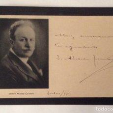 Documentos antiguos: AUTÓGRAFO SOBRE TARJETA DE JOAQUÍN ÁLVAREZ QUINTERO. JULIO 1938 .. Lote 61681212